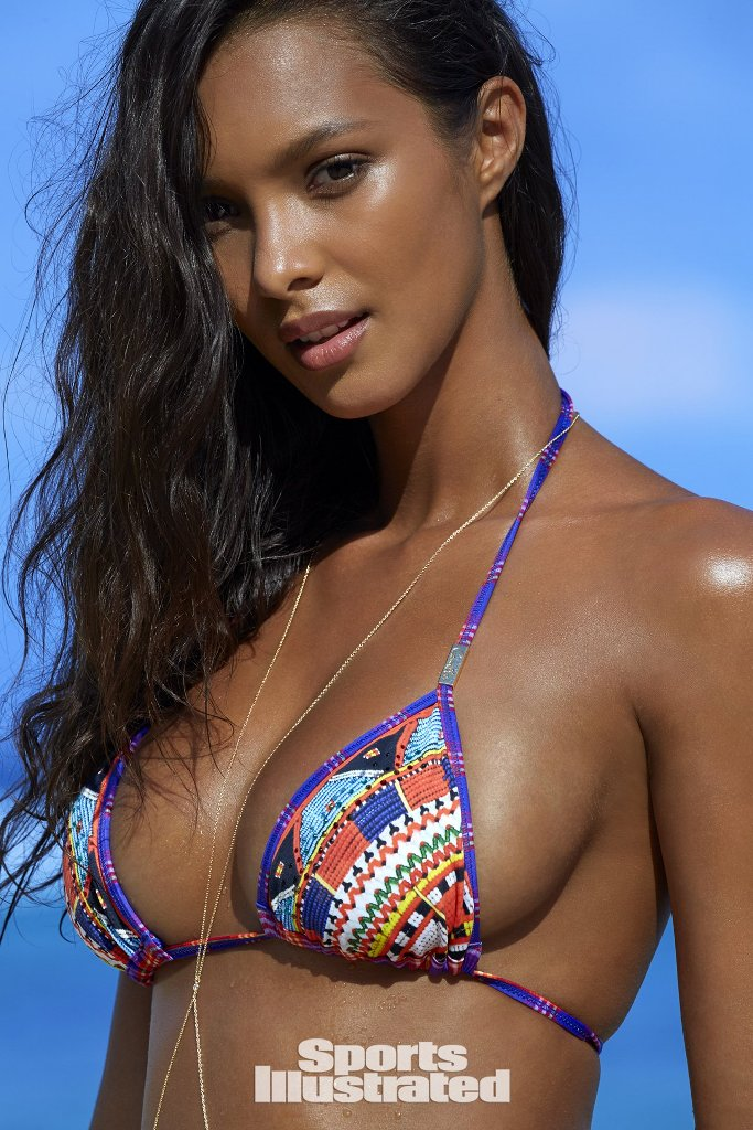 lais-ribeiro-sports-illustrated-17