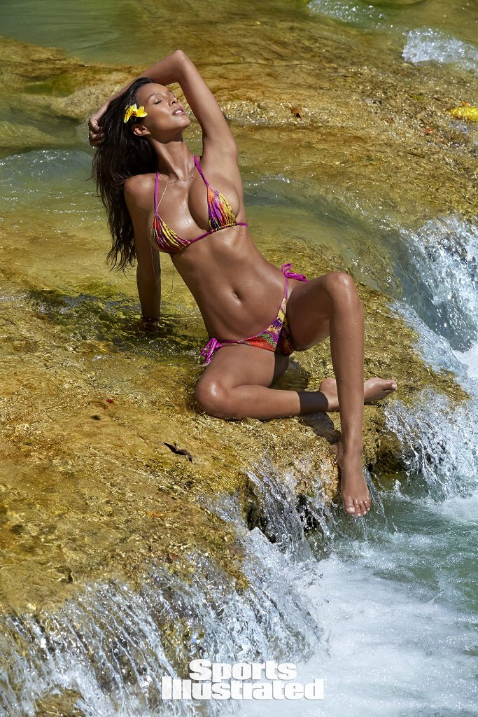 lais-ribeiro-sports-illustrated-3