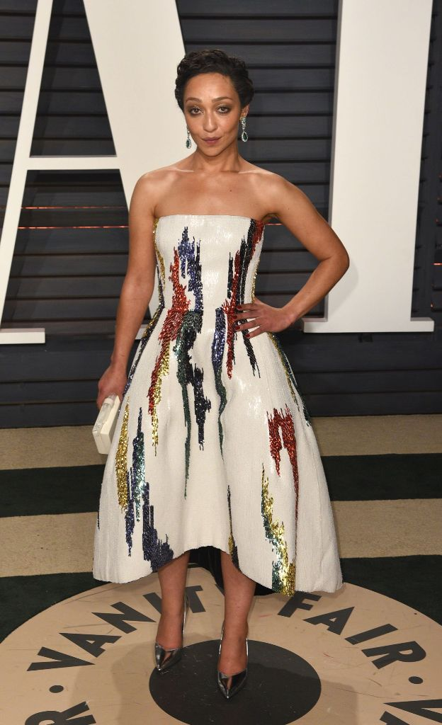 ruth-negga-at-vanity-fair-oscar-2017-party-in-los-angeles-13