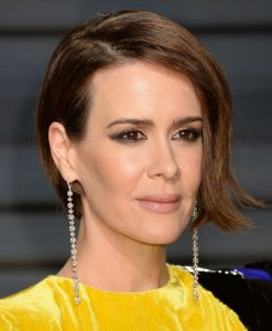 sarah-paulson-vanity-fair-oscar-2017-party-in-los-angeles-4