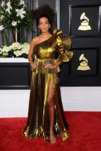solange-knowles-on-red-carpet-grammy-awards-in-los-angeles-2-12-2017-11