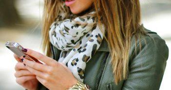 street-style-aviators-green-leather-jacket-leopard-scarf-gold-watch