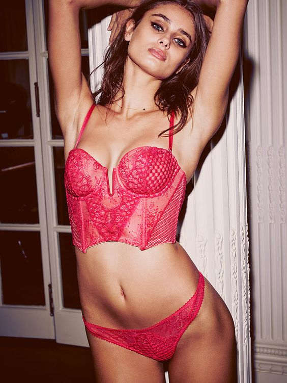valentines-day-2017-victorias-secret-140