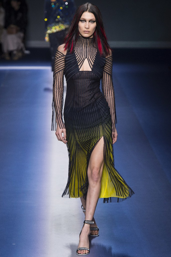 versace-fall-2017-milan-19