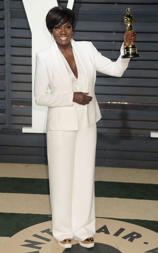 viola-davis-at-vanity-fair-oscar-2017-party-in-los-angeles-9