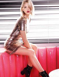 Jennifer_Lawrence_Dior_Addict_Lacuer_Stick_Photoshoot_2017__3_