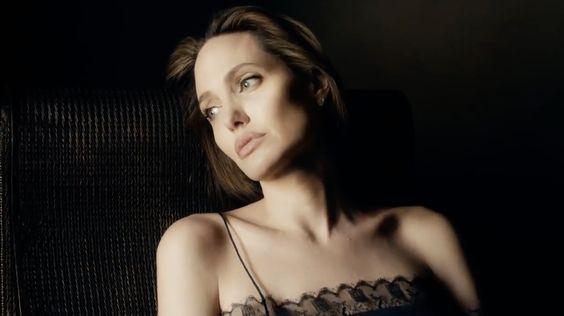 angelina-jolie-guerlain-13