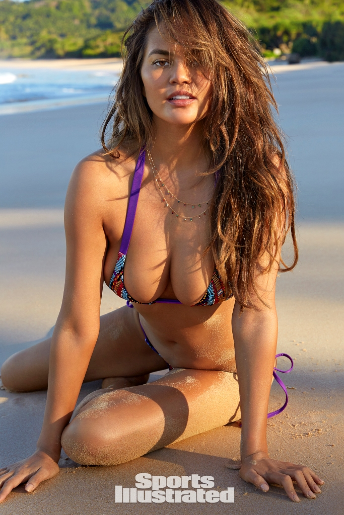 chrissy-teigen-sports-illustrated5