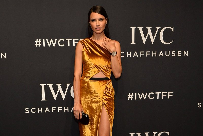 adriana-lima-iwc-schaffhausen-for-the-love-of-cinema-gala-at-tribeca-2017-18