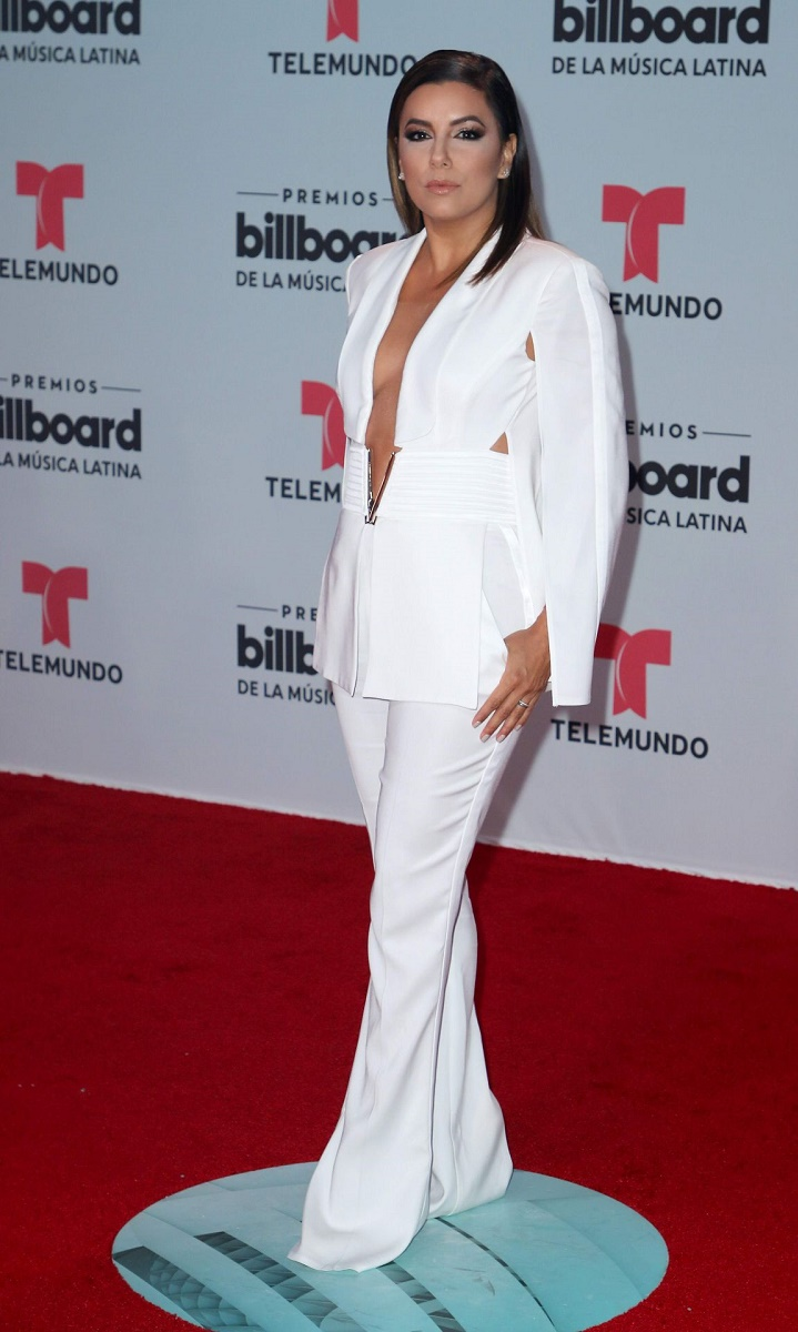 eva-longoria-billboard-latin-music-awards-in-miami-04-27-2017-7