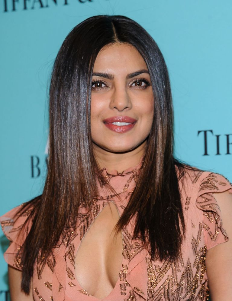 priyanka-chopra-harper-s-bazaar-and-tiffany-and-co-celebrate-150-years-in-ny-4-19-2017-1