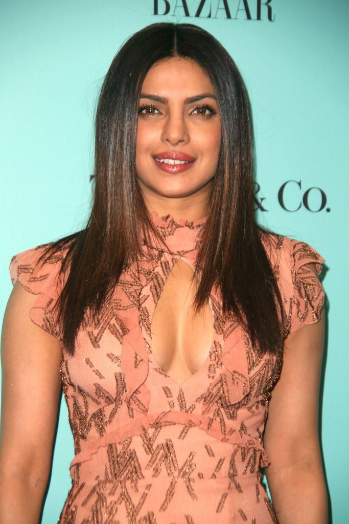 priyanka-chopra-harper-s-bazaar-and-tiffany-and-co-celebrate-150-years-in-ny-4-19-2017-15