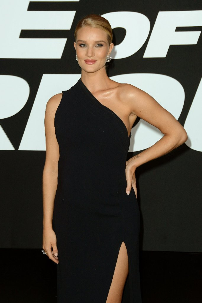 rosie-huntington-whiteley-9