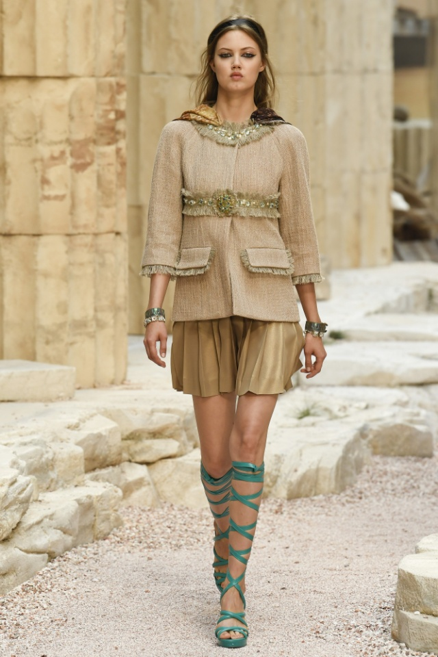 Chanel Resort 2018 Collection Fab Fashion Fix