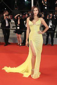 Irina_Shayk_Hikari_Radiance_Red_Carpet_Arrivals-2