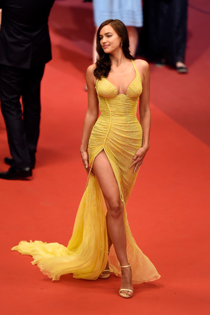 Irina_Shayk_Hikari_Radiance_Red_Carpet_Arrivals-7