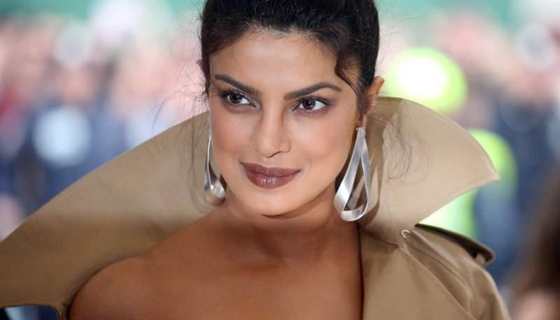 Priyanka-Chopra-met-gala-2017-7