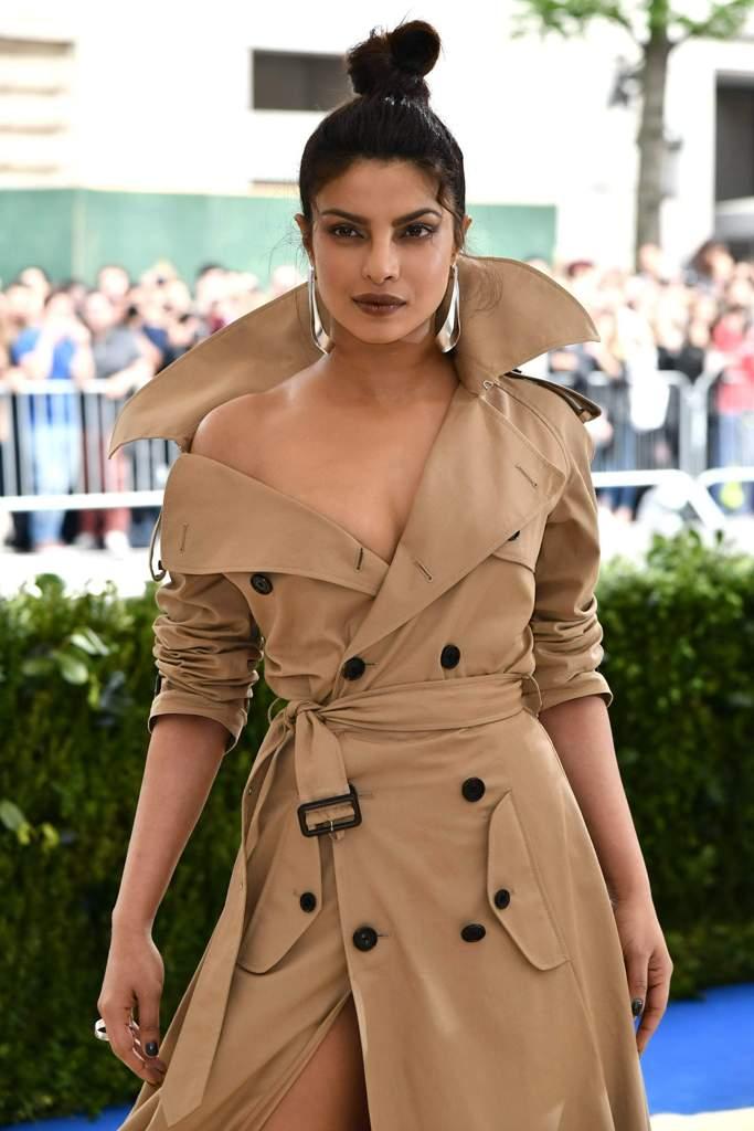 Priyanka-Chopra-met-gala-2017-8