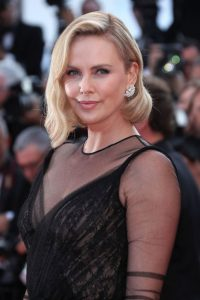 charlize-theron-2017-cannes-1