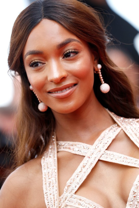 jourdan-dunn-2017-cannes-film-festival-3