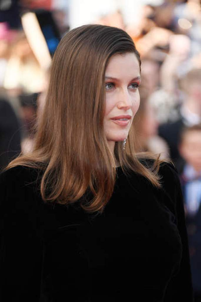 laetitia-casta-2017-cannes-7