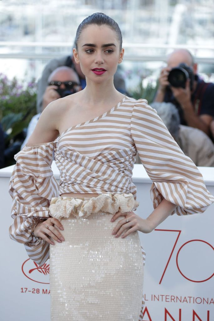 lily-collins-at-okja-photocall-at-2017-cannes-film-festival-05-19-2017_13