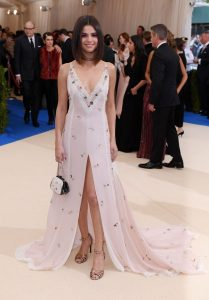selena-gomez-met-gala-at-the-metropolitan-museum-of-art-in-new-york-05-01-2017-3