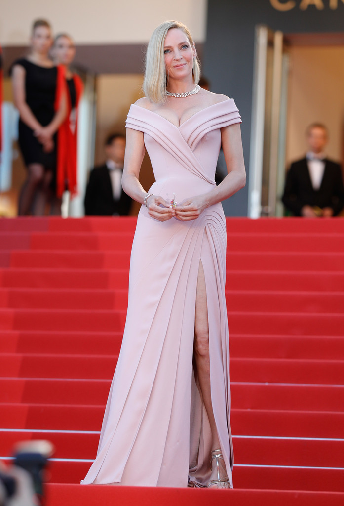 uma-thurman-cannes-opening-ceremony-3