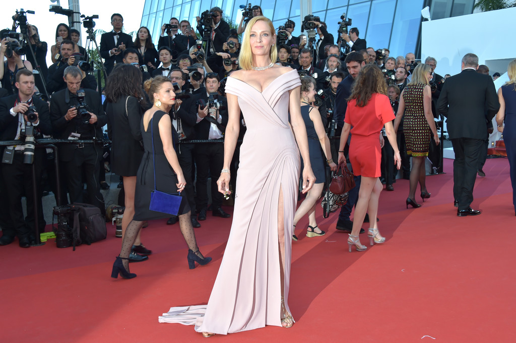 uma-thurman-cannes-opening-ceremony
