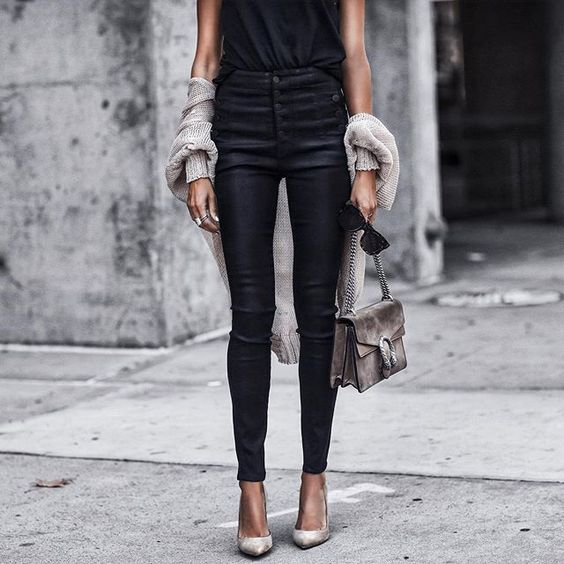 leatherpants-instagram-autumn-outfits