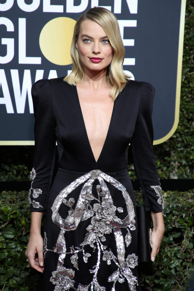 margot-robbie-golden-globe-awards-2018-2