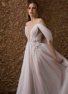 nurit-hen-golden-touch-17