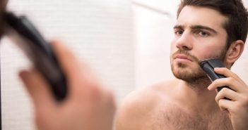 Bearded man shaving_best shaving machines