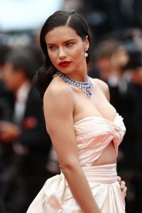 Adriana+Lima+Burning+Beoning+Red+Carpet+Arrivals+0PxvSN0UdhXx