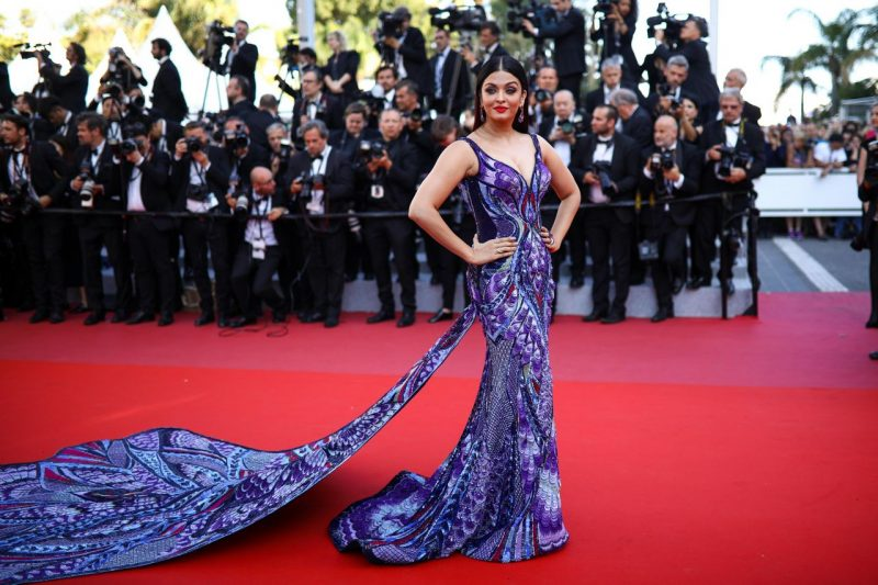aishwarya-rai-girls-of-the-sun-premiere-at-cannes-film-festival-0