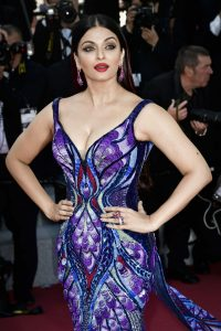aishwarya-rai-girls-of-the-sun-premiere-at-cannes-film-festival-12