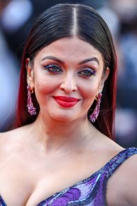 aishwarya-rai-girls-of-the-sun-premiere-at-cannes-film-festival-2