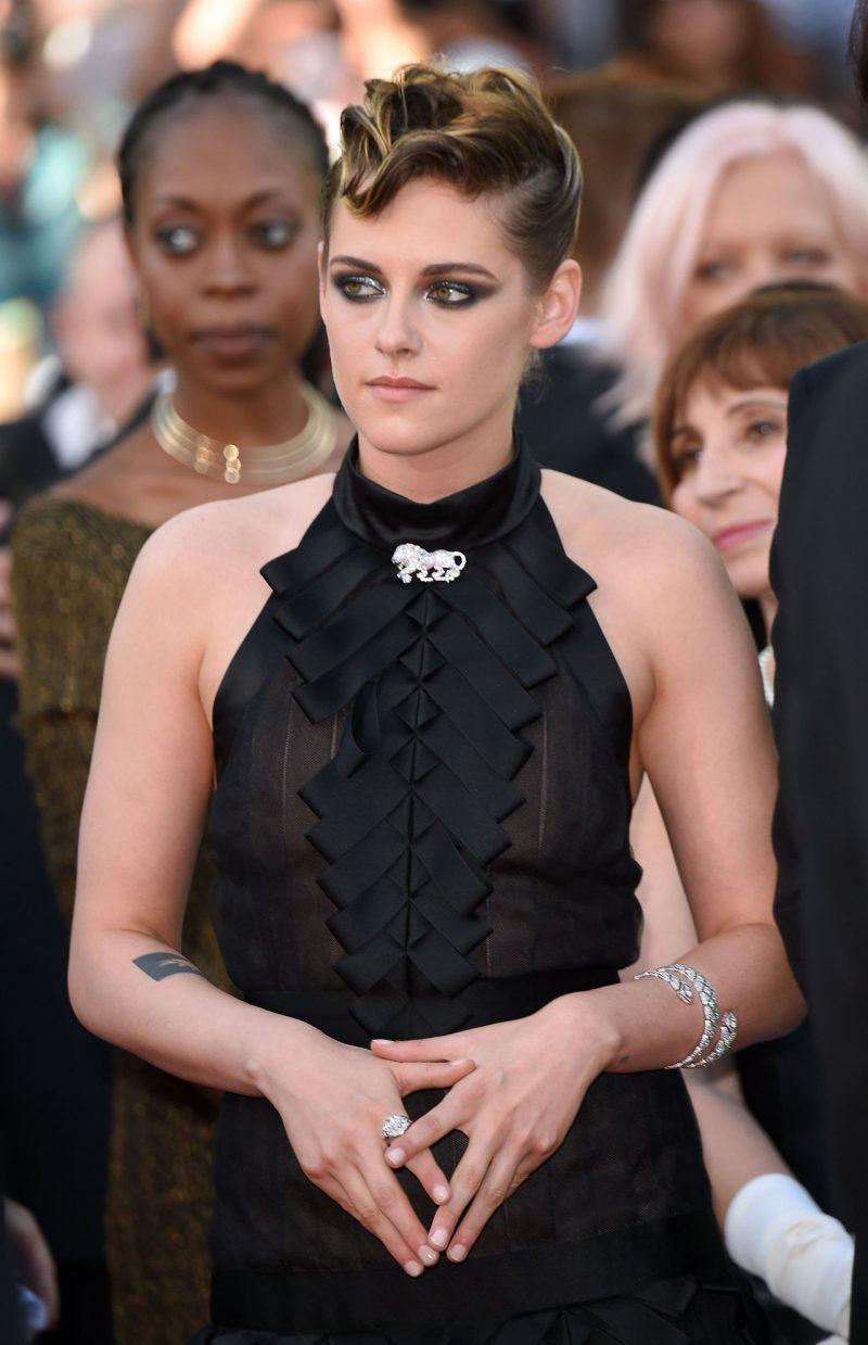 kristen-stewart-everybody-knows-premiere-and-cannes-film-festival-2018-opening-ceremony-0