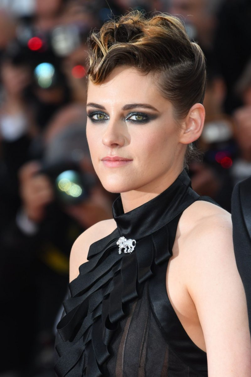 kristen-stewart-everybody-knows-premiere-and-cannes-film-festival-2018-opening-ceremony-17