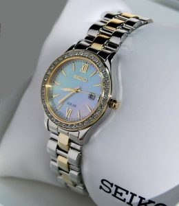 seiko-watches-women-23-wonderful-design-watch-s-pre-owned-solar-wristwatch-stainless-steel-two