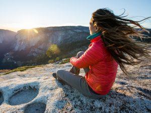hiking-fashion-best-women-jackets