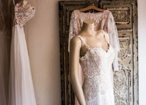 choose-wedding-dress-by-zodiac-sign