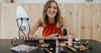 why-should-you-choose-beauty-school